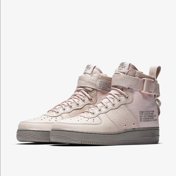 💕Nike SF Air Force 1 Mid Women s Boot sneakers 20cac8d7ea